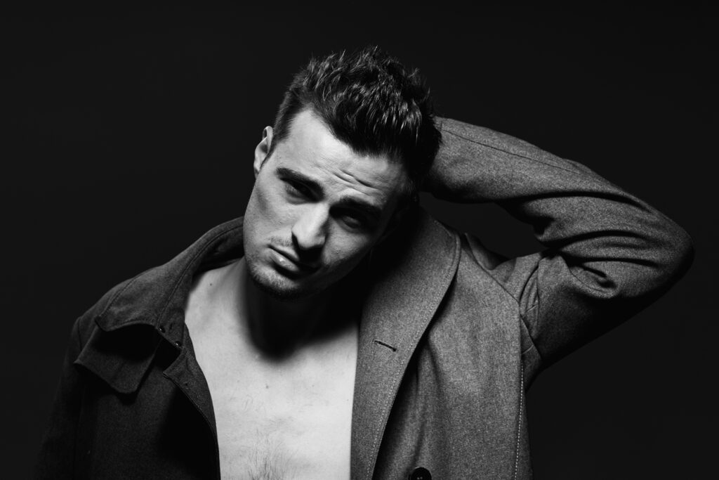 © Gemaco Media Ray Bronson male model
